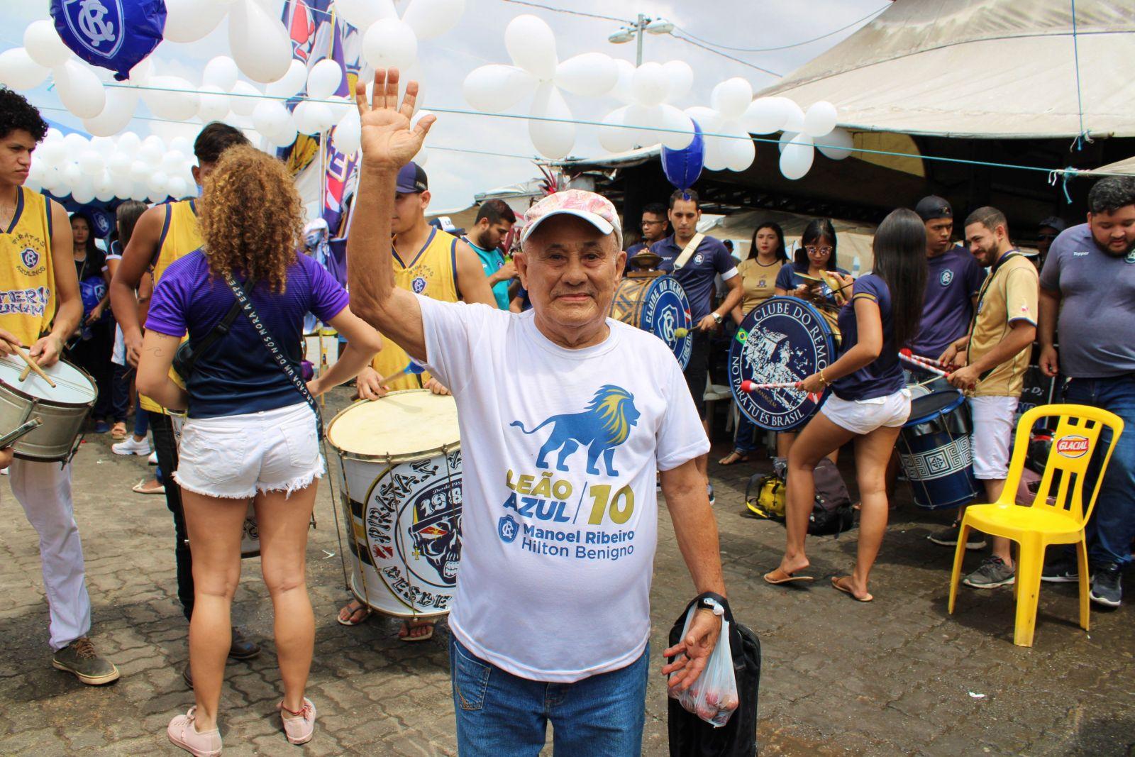 Seu Benedito Gomes era um dos mais animados da festa