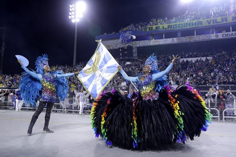 O samba-enredo da vencedora abordou a sabedoria