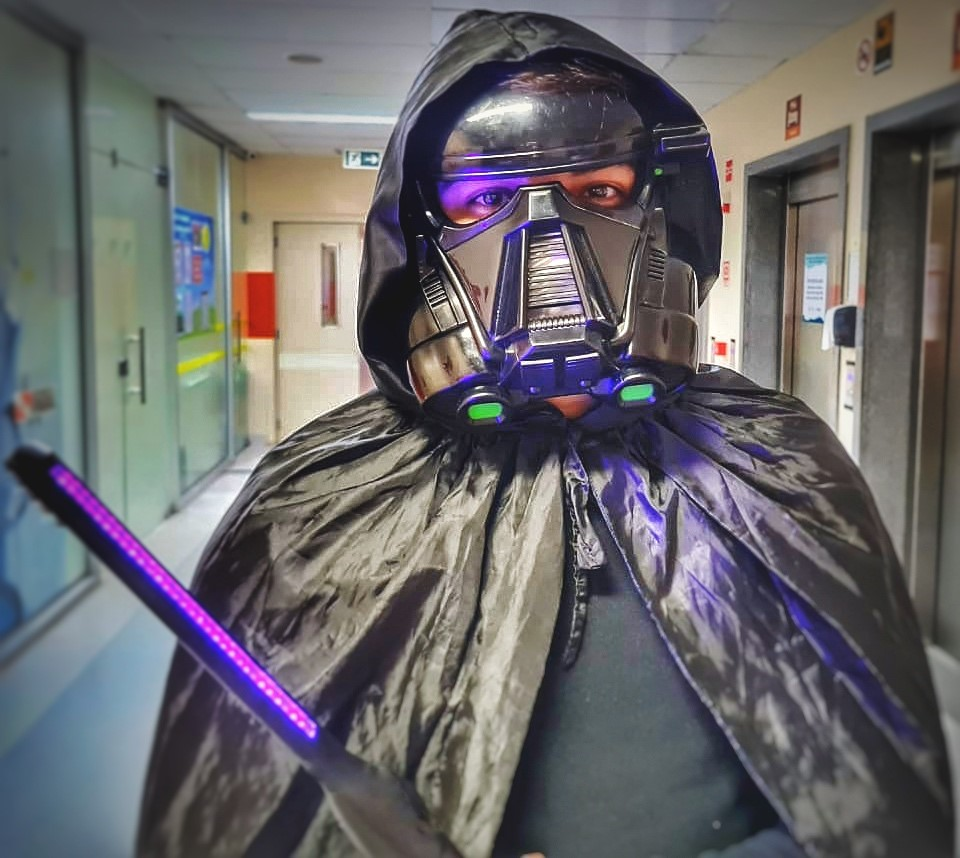 O vilão Darth Vader fará parte da ação lúdica de sensibilização do Oncológico Infantil (Foto: Divulgação/Assessoria HOIOL)