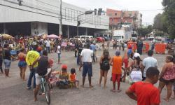 Moradores protestam no Guamá