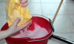 Especialista alerta para risco de lesões e fraturas em casa