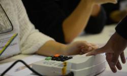 Senado aprova adiamento das eleições para novembro