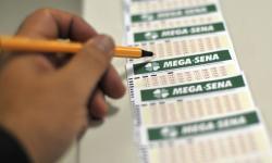 Mega-Sena deve pagar prêmio de R$ 50 milhões neste sábado