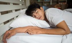 Pesquisa aponta que brasileiros dormem cada vez menos