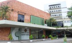 Hospital de Clínicas oferta 24 vagas para nível médio, técnico e superior