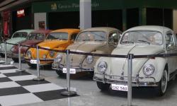 Shopping recebe exposição de modelos clássicos de fuscas