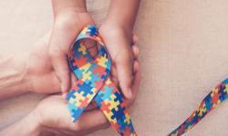 Orgulho Autista: saiba como emitir a Carteira de Identidade da Pessoa com TEA