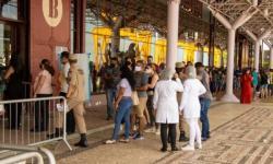 Ponto de vacinação têm atração junina, em Belém