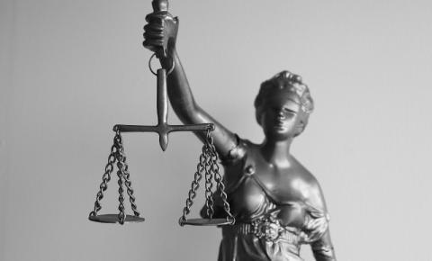 Direito e bom senso. Bom senso e senso jurídico