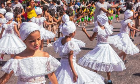 Crias do Curro Velho prepara desfile de Carnaval