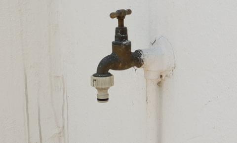 Cosanpa interrompe abastecimento de água em Marituba