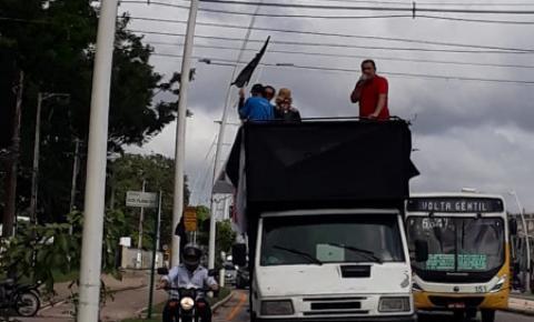 Servidores do Detran realizam protesto em Belém