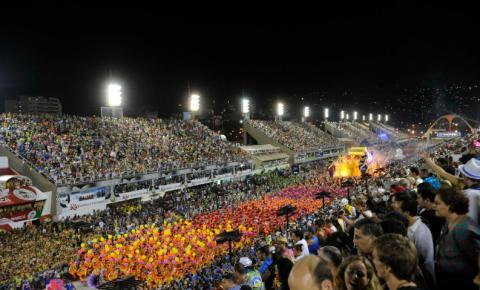 Escolas de samba movimentam economia do Rio de Janeiro