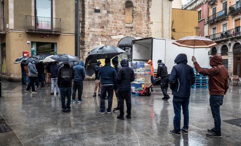 Espanha vai conceder auxílio mensal a famílias mais pobres