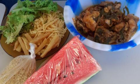 Hambúrguer de búfalo e açaí com peixe frito são opções na merenda escolar