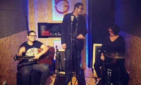 Luz de Tieta faz show neste domingo (09) em Belém