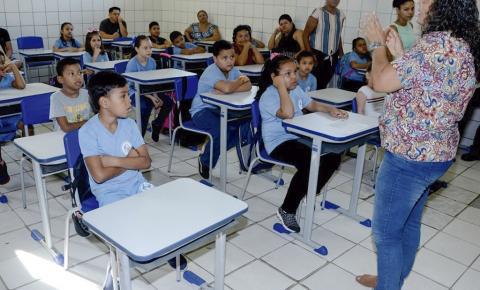 Preocupação dos pais marca o retorno presencial das aulas