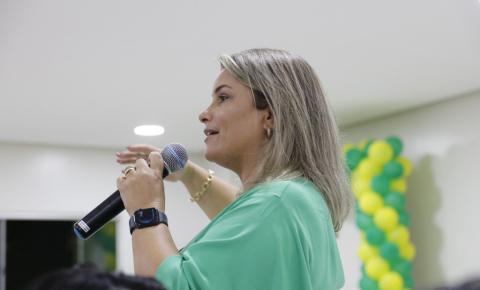 Encontro discute a participação da mulher na política