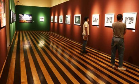 Projeto 'Encontro na Casa' volta com debate sobre arte contemporânea
