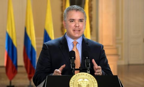 Presidente da Colômbia vai retirar proposta de reforma tributária