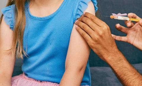 Adolescentes devem ser vacinados contra o HPV