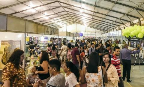 Festa Literária apresenta ao Pará as multivozes santarenas
